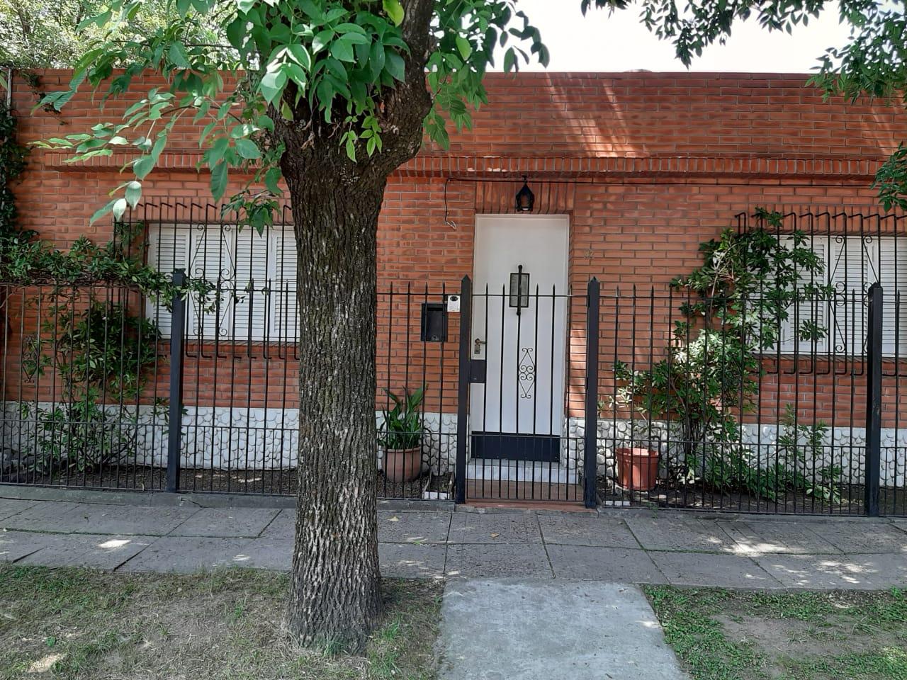 Casa en Marcos Paz 67 – Las lomas, San Isidro.ALQUILADO