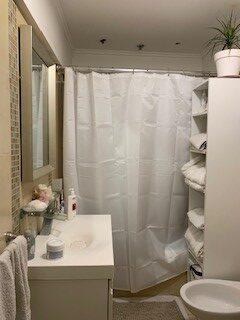 nuestras malvinas 2121 baño